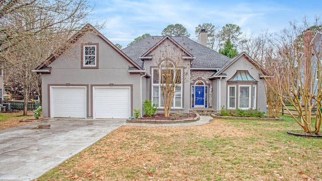 Photo 1 of 19 - 9024 Torrence Crossing Dr, Huntersville, NC 28078