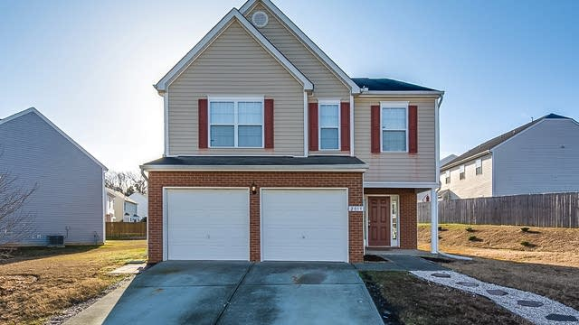 Photo 1 of 36 - 2059 Spring Creek Dr, Durham, NC 27704