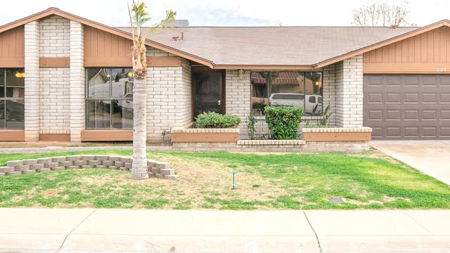 Photo 1 of 24 - 6125 W Larkspur Dr, Glendale, AZ 85304