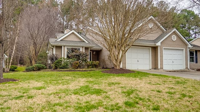 Photo 1 of 16 - 117 Standish Dr, Chapel Hill, NC 27517