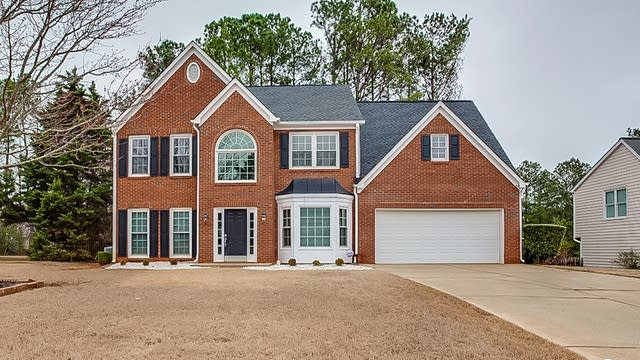 Photo 1 of 21 - 1904 Westover Ln NW, Kennesaw, GA 30152