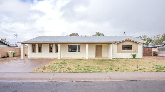 Photo 1 of 20 - 6518 W Georgia Ave, Glendale, AZ 85301