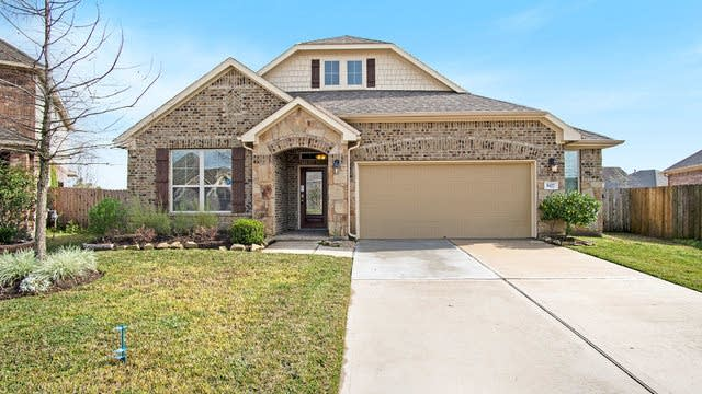 Photo 1 of 17 - 9422 Vista Falls Ct, Richmond, TX 77469