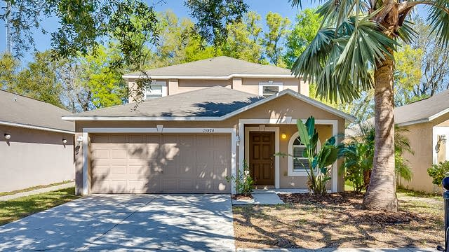 Photo 1 of 26 - 13824 Gentle Woods Ave, Riverview, FL 33569