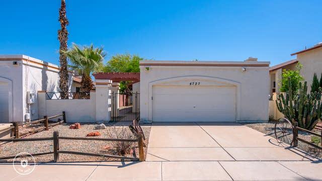 Photo 1 of 25 - 4737 W Marco Polo Rd, Glendale, AZ 85308