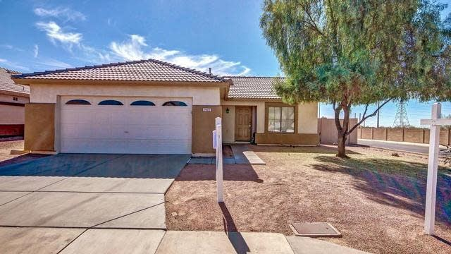 Photo 1 of 22 - 7607 E Downing St, Mesa, AZ 85207