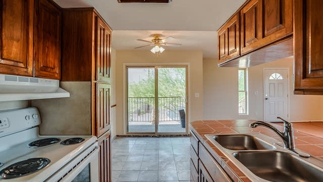 Photo 1 of 11 - 14424 N Teakwood Ln, Fountain Hills, AZ 85268