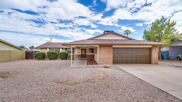 Photo 1 of 25 - 3209 W Hayward Ave, Phoenix, AZ 85051