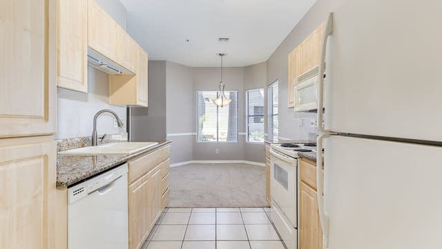 Photo 1 of 17 - 9600 N 96th St #125, Scottsdale, AZ 85258