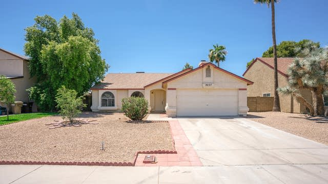 Photo 1 of 21 - 9237 W Cholla St, Peoria, AZ 85345
