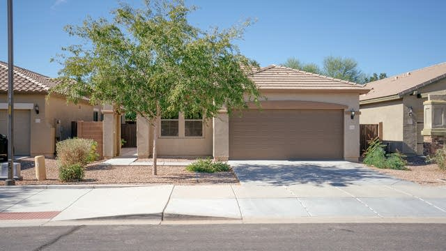 Photo 1 of 25 - 21914 S 215th Pl, Queen Creek, AZ 85142
