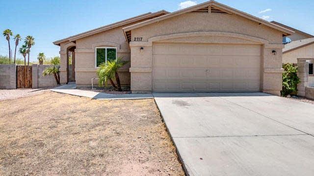 Photo 1 of 29 - 2717 E Jones Ave, Phoenix, AZ 85040