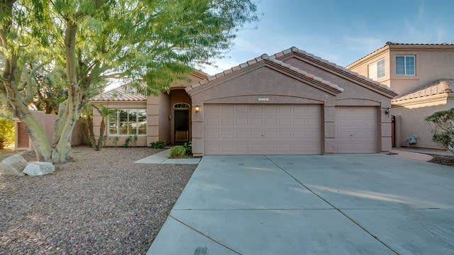 Photo 1 of 34 - 6031 W Shannon St, Chandler, AZ 85226