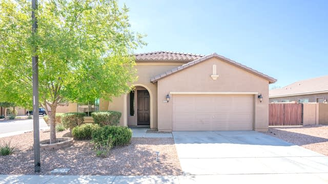 Photo 1 of 20 - 11919 W Country Club Trl, Sun City, AZ 85373
