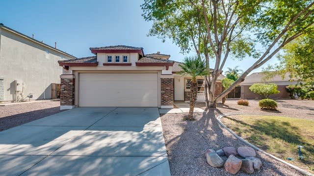 Photo 1 of 28 - 3401 S Warner Dr, Apache Junction, AZ 85120