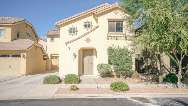 Photo 1 of 32 - 19166 E Superstition Ct, Queen Creek, AZ 85142