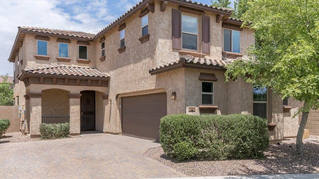 Photo 1 of 26 - 2924 E Ivanhoe St, Gilbert, AZ 85295