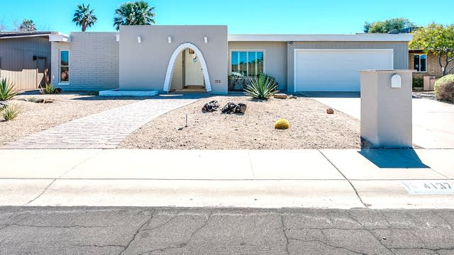Photo 1 of 26 - 4137 E Cannon Dr, Phoenix, AZ 85028