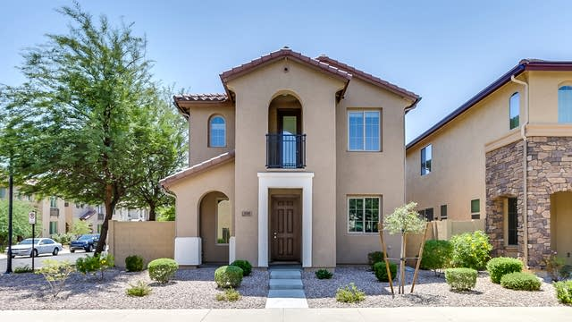 Photo 1 of 29 - 9205 W Meadow Dr, Peoria, AZ 85382