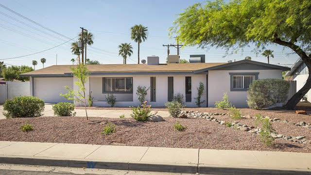 Photo 1 of 25 - 725 E Alameda Dr, Tempe, AZ 85282