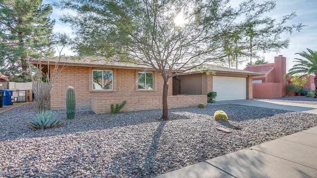 Photo 1 of 34 - 3129 E Emelita Ave, Mesa, AZ 85204