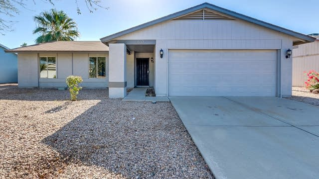 Photo 1 of 22 - 807 W El Alba Way, Chandler, AZ 85225