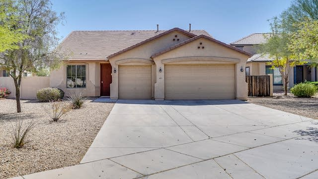 Photo 1 of 34 - 9013 S 40th Dr, Phoenix, AZ 85339