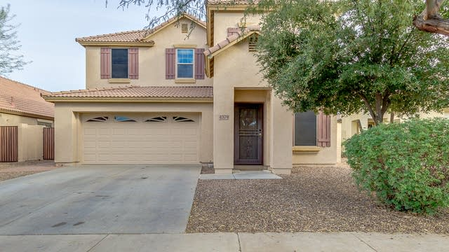 Photo 1 of 34 - 4379 S Coachhouse Ct, Gilbert, AZ 85297