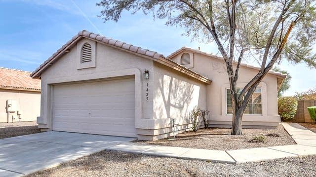 Photo 1 of 32 - 1429 S Racine, Mesa, AZ 85206
