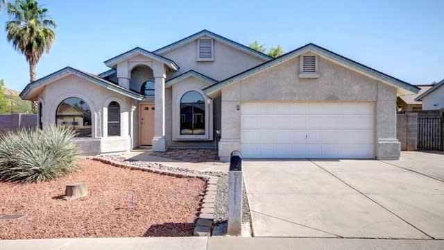 Photo 1 of 25 - 2404 E Garnet Ave, Mesa, AZ 85204