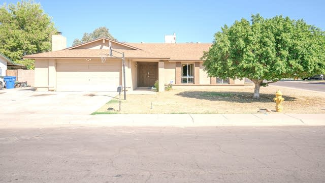 Photo 1 of 26 - 7702 W Catalina Dr, Phoenix, AZ 85033