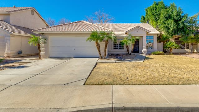 Photo 1 of 32 - 1180 N Meadows Dr, Chandler, AZ 85224