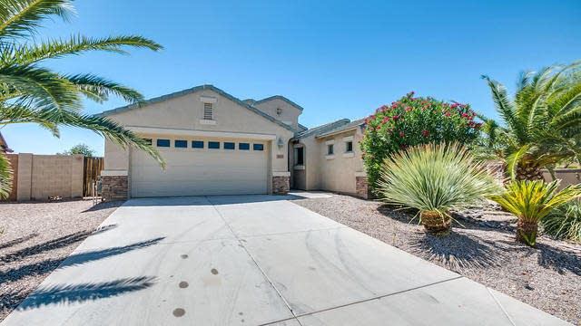 Photo 1 of 26 - 307 E Pasture Canyon Dr, San Tan Valley, AZ 85143