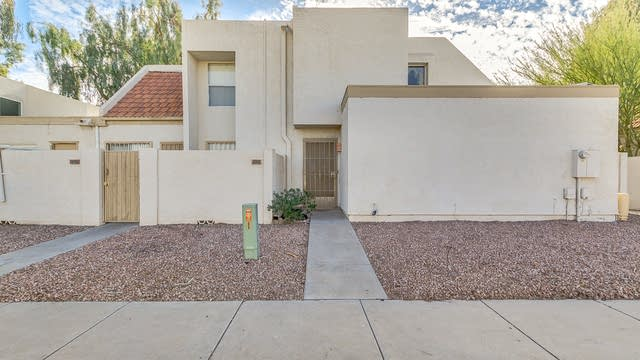 Photo 1 of 20 - 1342 W Emerald Ave #282, Mesa, AZ 85202