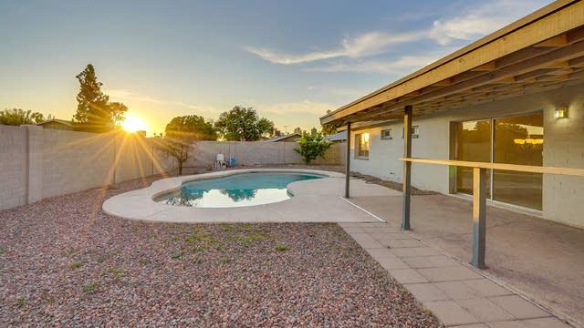 Photo 1 of 17 - 3725 W Hearn Rd, Phoenix, AZ 85053