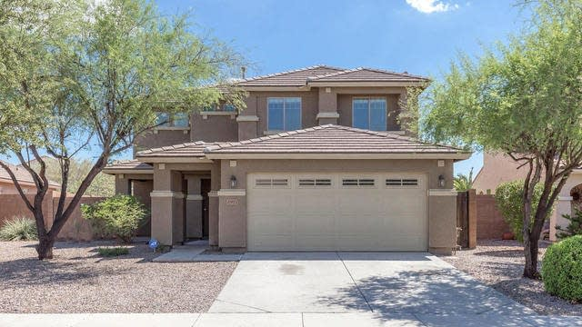 Photo 1 of 21 - 2971 E Aris Dr, Gilbert, AZ 85298