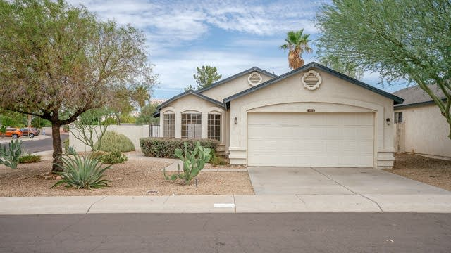 Photo 1 of 24 - 8522 W Country Gables Dr, Peoria, AZ 85381