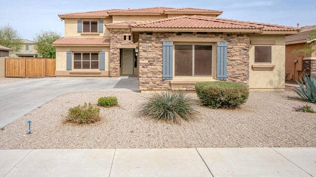 Photo 1 of 38 - 17738 W Desert Ln, Surprise, AZ 85388
