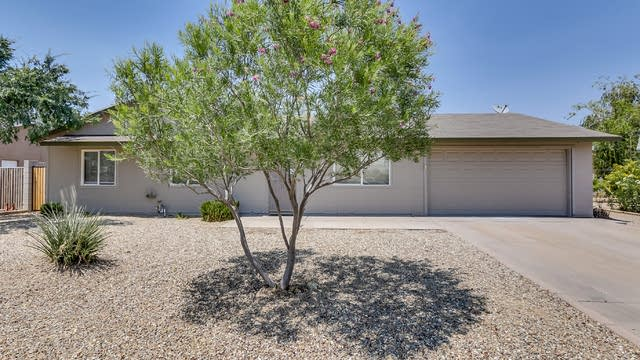Photo 1 of 26 - 3510 E Everett Dr, Phoenix, AZ 85032