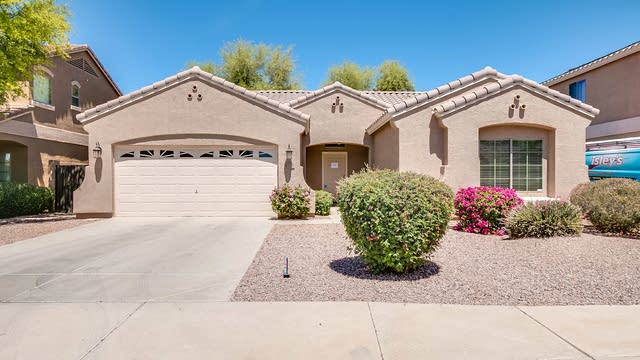 Photo 1 of 23 - 4202 E Colonial Dr, Chandler, AZ 85249
