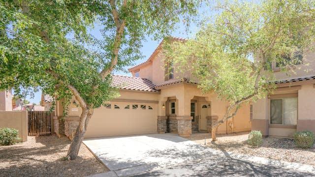 Photo 1 of 29 - 9429 W Terri Lee Dr, Phoenix, AZ 85037