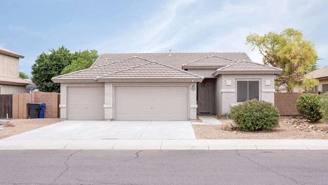 Photo 1 of 26 - 11217 W Monte Vista Rd, Avondale, AZ 85392