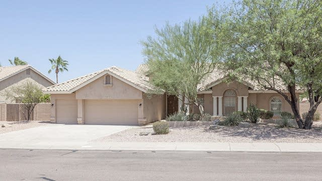 Photo 1 of 27 - 15431 S 16th Way, Phoenix, AZ 85048