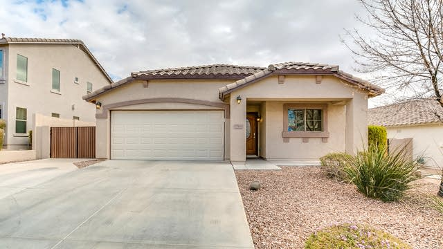 Photo 1 of 30 - 27619 N 63rd Dr, Phoenix, AZ 85083