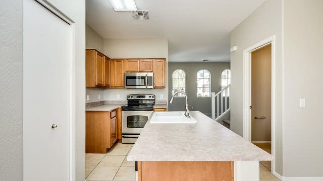 Photo 1 of 21 - 6623 W Melvin St, Phoenix, AZ 85043