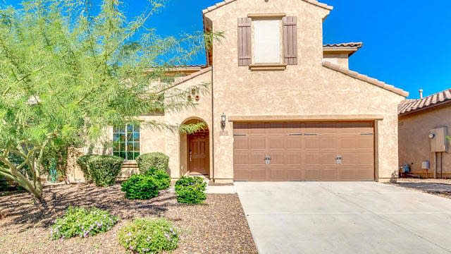 Photo 1 of 28 - 1758 W Desperado Way, Phoenix, AZ 85085