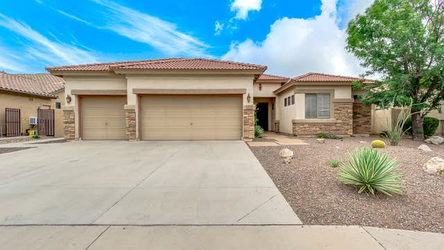 Photo 1 of 34 - 3846 E Meadowview Dr, Gilbert, AZ 85298