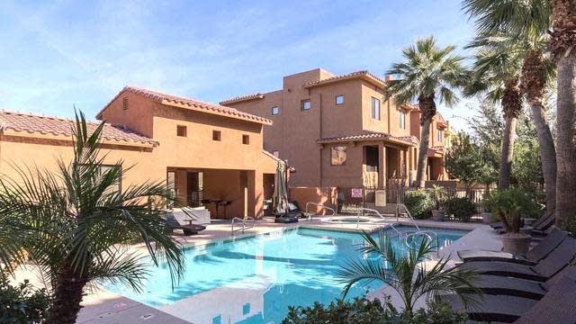 Photo 1 of 30 - 9551 E Redfield Rd #1035, Scottsdale, AZ 85260