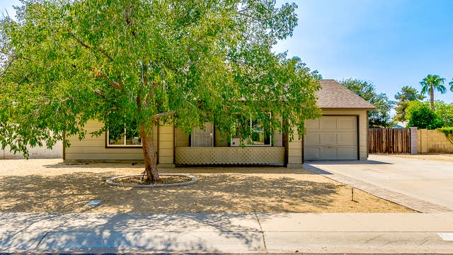 Photo 1 of 26 - 1319 W Rockwell Dr, Chandler, AZ 85224