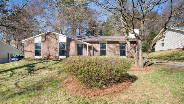 Photo 1 of 15 - 3421 Spring Terrace Ln, Charlotte, NC 28269